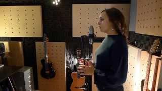 El corazon studio cover by LoopIA (Irida Antonis)