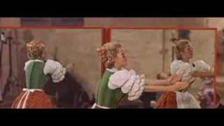 Doll on a music box 1 - Chitty chitty bang bang (italian)