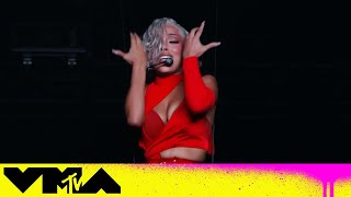"""Doja Cat Performs """"Been Like This"""" & """"You Right"""" 
