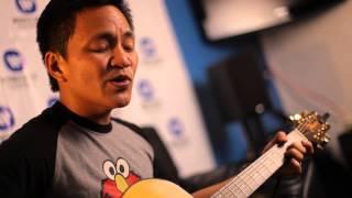 Ebe Dancel - Tulog Na/Wag Ka Nang Umiyak Medley [Live At The Boardroom]