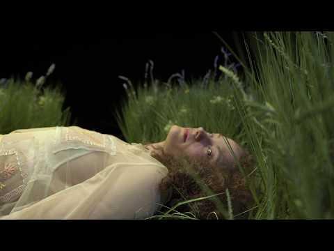 Προεσκόπηση βίντεο της παράστασης Το ξύπνημα της άνοιξης.