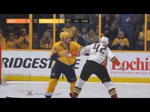 Josh Manson vs Cody McLeod