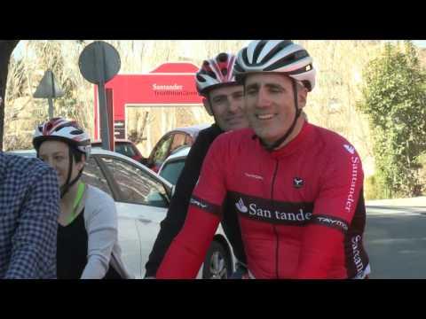 El Santander Triathlon Series comienza con éxito en Valencia