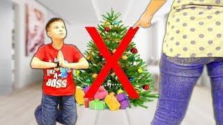 Мама РАЗОЗЛИЛАСЬ и ЗАПРЕТИЛА ЕЛКУ 😭!!! Кто хочет испортить Детям Рождество? Скетчи для детей