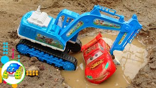 Excavator, Construction Vehicles Do Rescue Work - Sharing Bear Song for Kid | Kid Studio