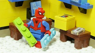 Spiderman Displays How To Build A Lego Bedroom - Inspirational DIY Animation