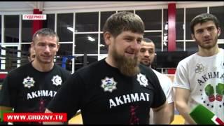 Руслан Чагаев и Лукас Браун провели открытую тренировку в Гудермесе