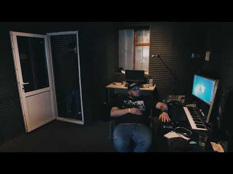 Неизвестность x Hustla Beats - Залетаю (Интро)