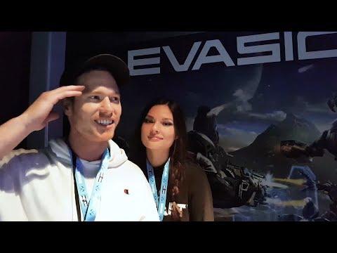 EVASION | PlayStation VR Gamer Reactions @ E3 thumbnail