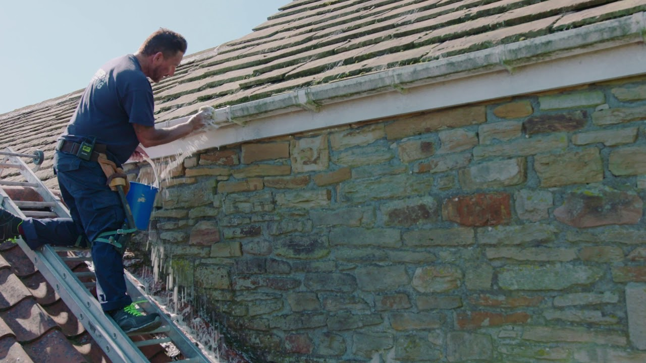 Simple Gutter Cleaning Service