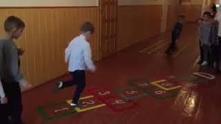І на коридорах в НУШ дітям повинно бути цікаво (Коровійська ЗОШ І-ІІІ ст., березень, 2018 р.)