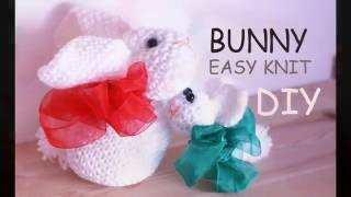 DIY. How to Knit a  BUNNY out of a knitted square