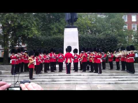 9/11 memorial service outside US Embassy in London