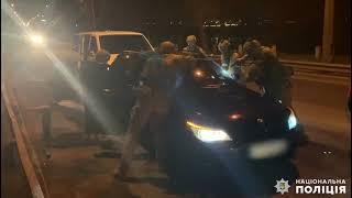 В Николаеве задержали банду серийных воров-домушников. ВИДЕО