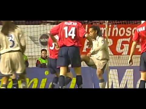 Top 10 goals of Ronaldino-The Legend