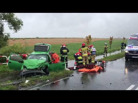 Wideo1: Wypadek na trasie Leszno - Nowa Wieś. Przyleciał śmigłowiec LPR