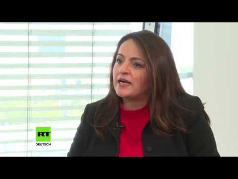 Pakistanisches Mädchen datiert weißen Kerl