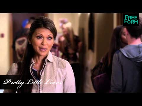 Pretty Little Liars 5.07 (Clip 'Dinner with the Girls')