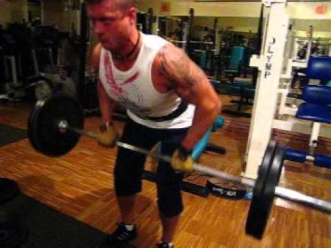 Niższy rozwój mięśni kończyn