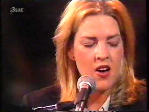 , title : 'Diana Krall You Call It Madness Live In Europe 90's'