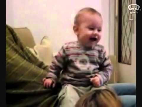 100% các bạn xem clip này sẽ cười .. hoặc bạn không yêu các baby..