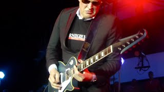 Killing it~Joe Bonamassa power trio~The River and Burning Hell~