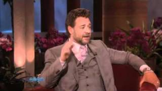 Russell Crowe Sticks That Down His Pants?