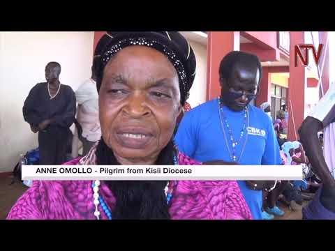 Kenyan pilgirims en route to Namugongo enter the country