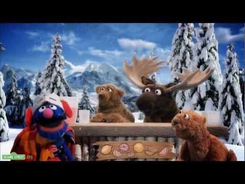 Sesame Street: Season 43 Sneak Peek - Super Grover 2.0 - Lemonade