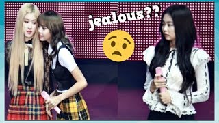 JENLISA JEALOUS MOMENTS💖   PRIVATE STAGE😉🙄