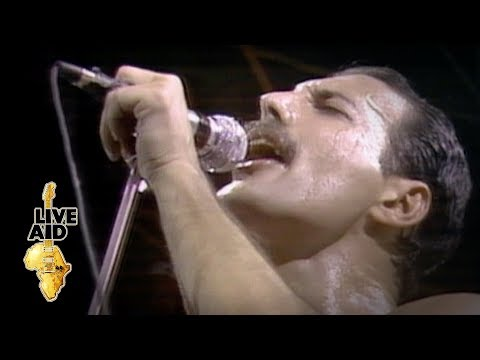 Queen - We Are The Champions (Live Aid 1985)
