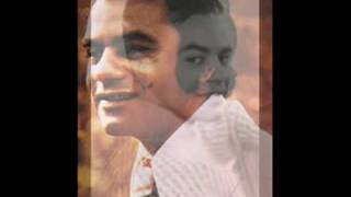 Johnny Mathis - Never Let Me Go.wmv