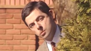 Behind the Bushes | Funny Clips | Mr Bean Official