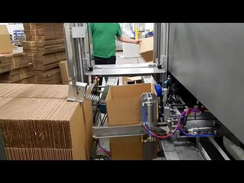 Formadora de cajas 2-EZ HS a una velocidad de 23.9 CPM y con cabezal encintador NPH de 3 pulgadas