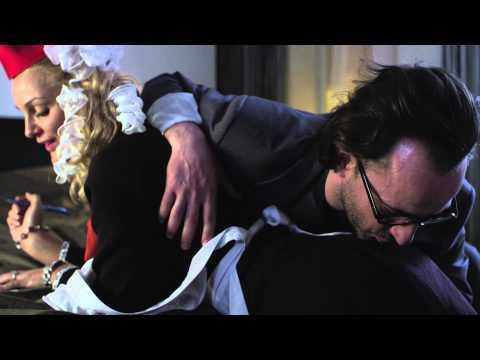 korotkiy-video-pro-seks-tolpoy-bez