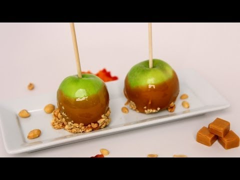 How to Make Caramel Apples – Laura Vitale – Laura in the Kitchen Episode 472