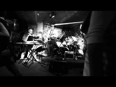 Jazzmazec - Dundee Jam klub Kladno - Jazzmazec - Calliopé
