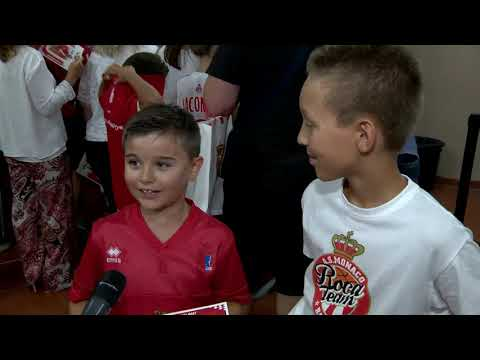 Basketball: fans meet the Roca Team players