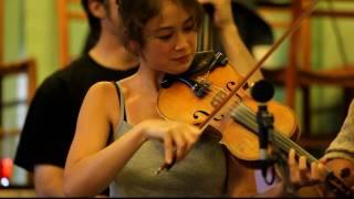 Annie plays Orange blossom special
