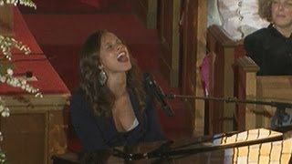 Alicia Keys raises the roof singing at Whitney Houston's funeral