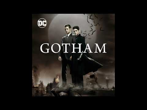 Gotham (OST) 5x01 Bruce Supplies a Chopper