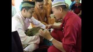preview picture of video 'Akad Nikah Ejai (Mohd Zaimy Hasnizam) & Aryanti (Aryanti Hamli Dunggok)_Ranau.Sabah_26102012.AVI'