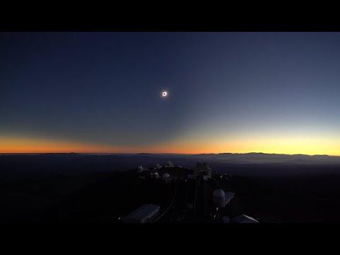Así se vio el eclipse solar en un observatorio de Chile