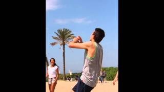 preview picture of video 'Quedada Voley Playa Decathlon - Playa de El Prat de Llobregat'