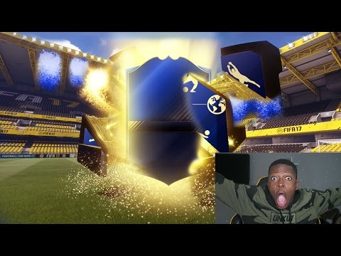 OMG WALKOUT IN A TOTY PACK !! (FIFA 17 TOTY PACK OPENING )