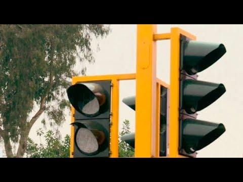 Denuncian inoperatividad de semáforos en varios puntos de Lima | Punto Final