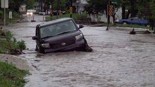 STEEL - Жертвами наводнений и торнадо в США стали более 14 человек