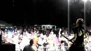 Video RATTLE BUCKET - PRADĚDA FEST 28.8.2009- SMILE (LIVE)
