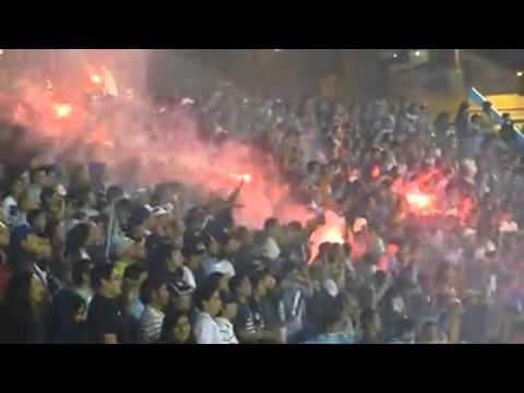 """Iquique - la fiel del norte - queremos la copa"" Barra: Furia Celeste • Club: Deportes Iquique"
