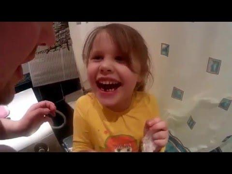 Вырываем первый молочный зуб #ПапиныБудни